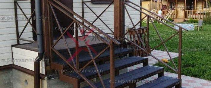 Готовое крыльцо из металла для дома серии «ТАРУСА»