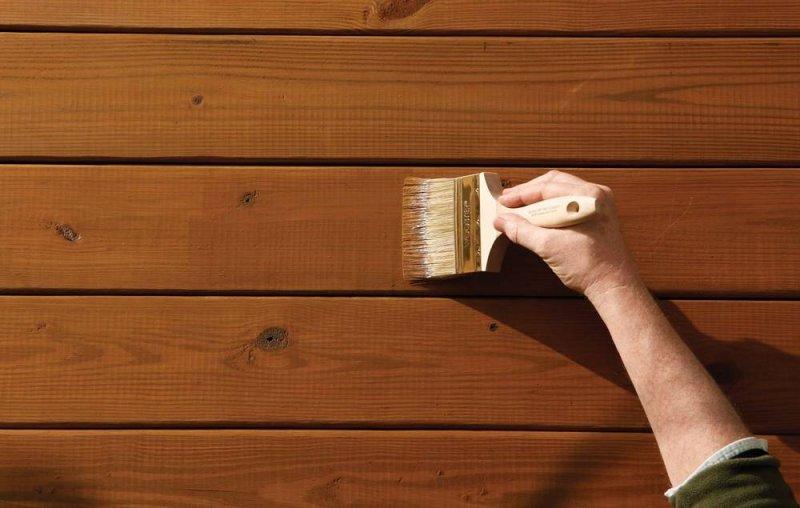 Какую краску выбрать для защиты деревянного дома