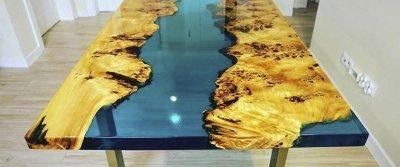 Купить доступные столы из массива дерева