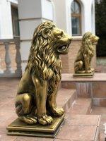 Скульптура льва из бетона — Королевский лев (Античная бронза)