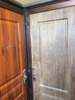 Трехконтурная входная дверь