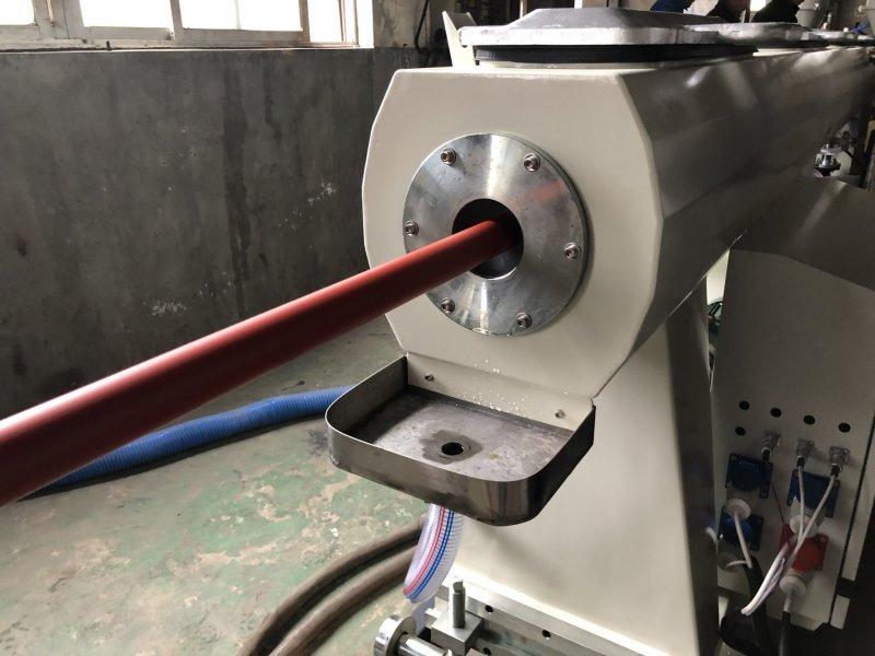 Экструзионная линия по производству ППР трубы горячего и холодного охлаждения ф20-63мм, 110, 160мм