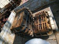 Трубы асбестоцементные, стремянки C-1, полусферы бетонные, мраморная крошка