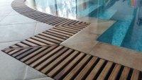 Переливные решетки для бассейнов из Тика