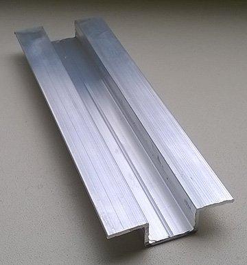 Алюминиевый профиль для стеновых панелей.