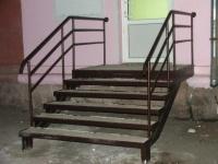 Лестницы уличные, внутренние на металлокаркасе