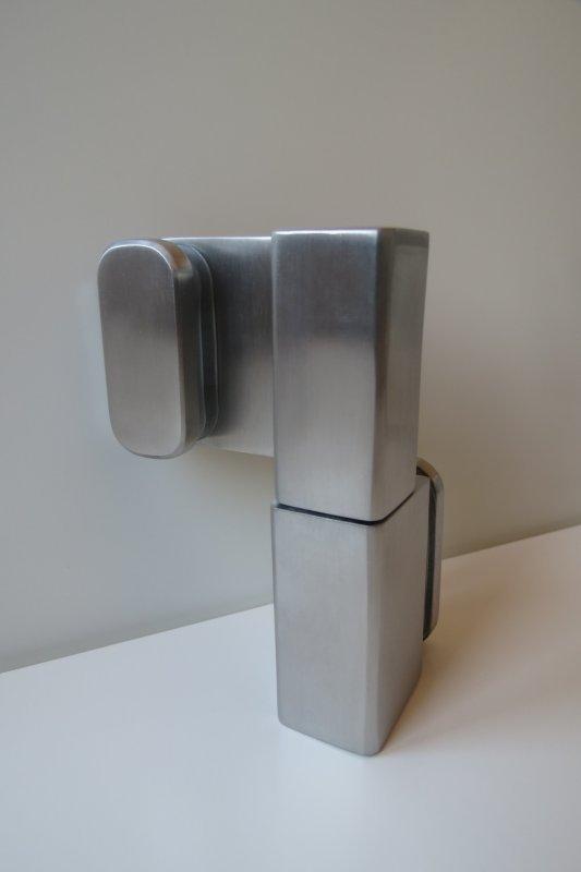 Фурнитура под стекло и стеклянные кабины туалетов. Ножки петли уголки, замки под стекло