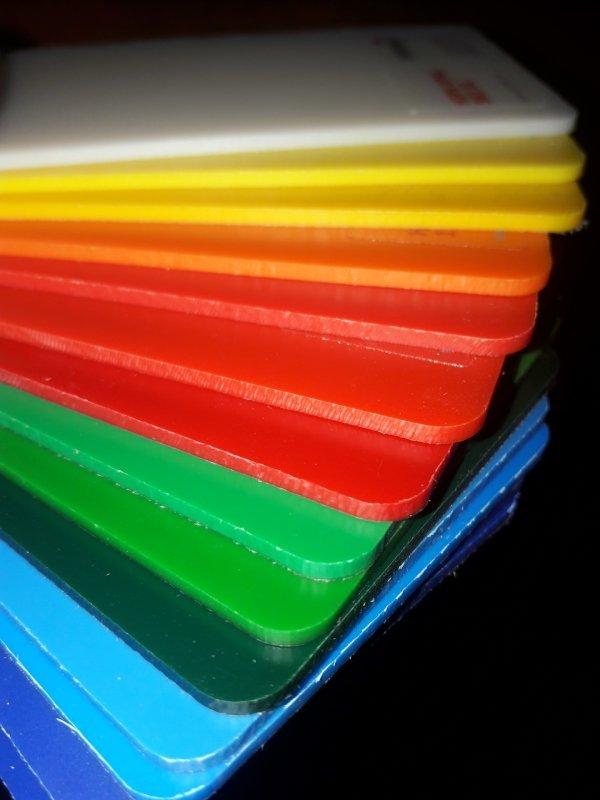 Полистирол цветной