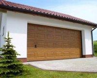 Ворота 2,5*2,215 секционные серии RSD01SС №2 филенка полоса, золотой дуб