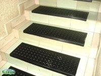 Накладная резиновая поступь - накладка на ступени лестницы