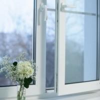 окно белое