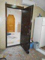 Металлические двери, тамбурные двери