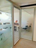 Двери алюминиевые, стеклянные для офиса