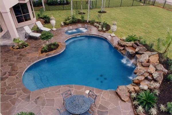 Услуги по укладке бассейнов