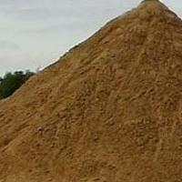 Песок карьерный в мешках и валом с доставкой по городу и области