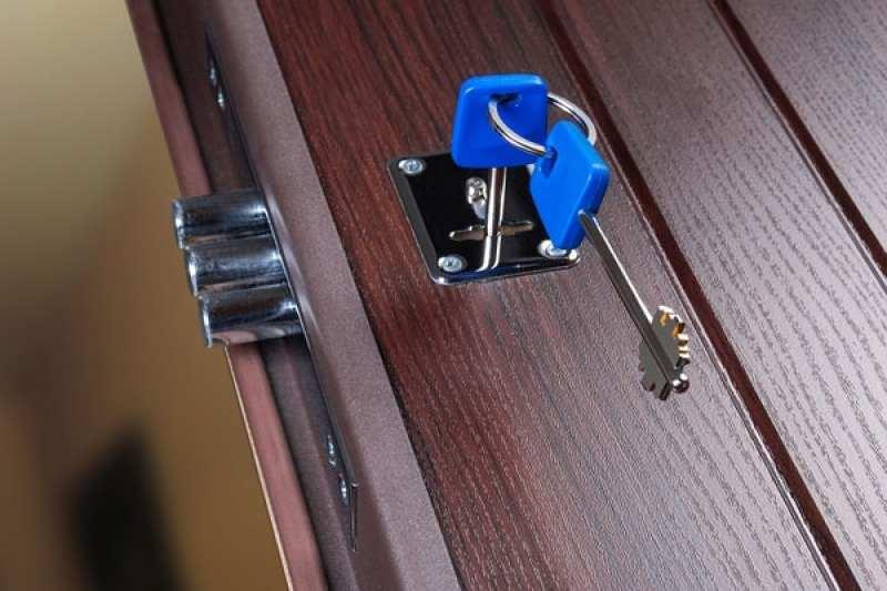 Замена замка в металлической двери в Самаре