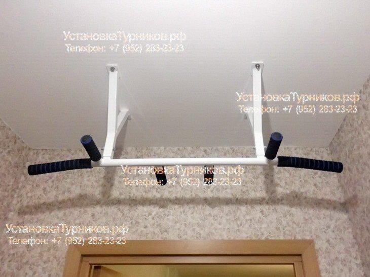Установка потолочного турника в Петербурге