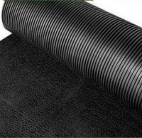 Универсальное вулканизированное резиновое рулонное покрытие 6 мм.