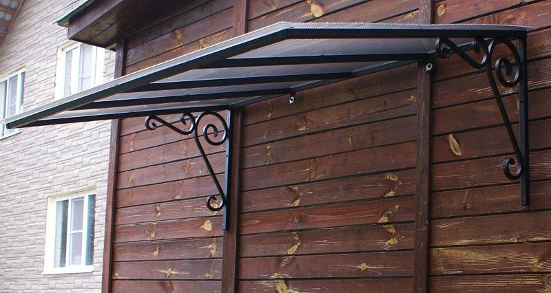 Козырек односкатный над входом для дома дачи