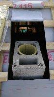 Монтаж керамического дымохода одноходового с вентиляционным каналом диаметром 250 мм.