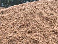 Карьерный песок с доставкой по Санкт-Петербургу и Ленинградской области