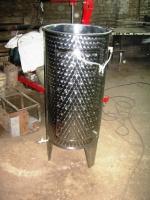 Изготовим емкости из черного или нержавеющего проката