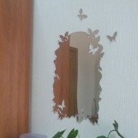 Зеркала с бабочками