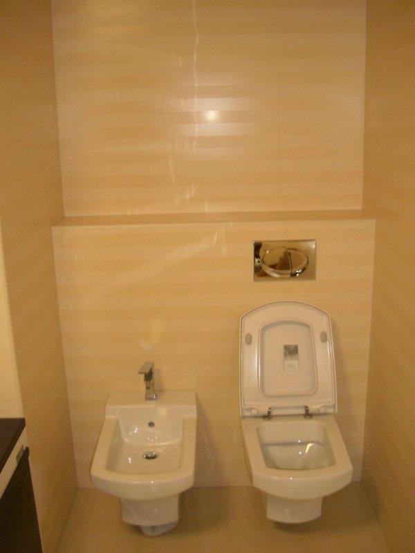 Сантехнические работы,монтаж сетей ГВС,ХВС,водоотведения,установка сантехнического оборудования(ванна,раковина,унитаз,душевая кабина)