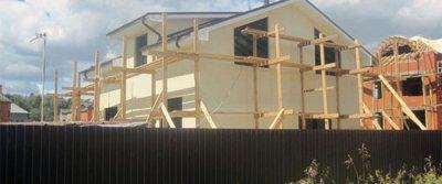 Экономное строительство: загородный дом из сэндвич-панелей ППУ