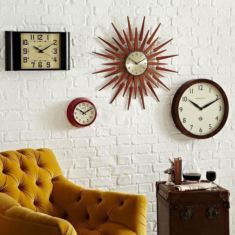 Часы в интерьере фото 30