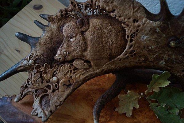 Идеи подарка для начальника. Панно ручной работы из дерева или кости от Графской гильдии мастеров