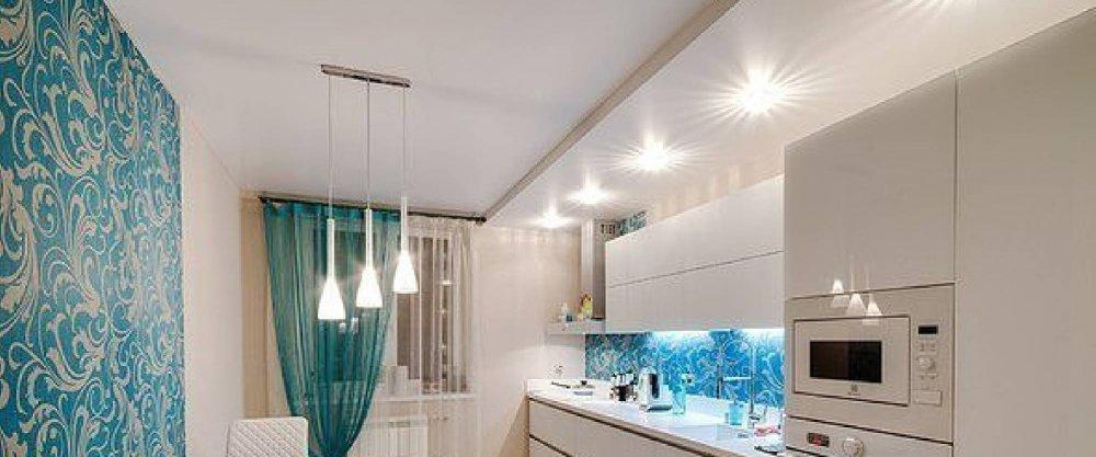 Натяжной потолок на кухне: какой выбрать -  глянцевый, матовый, двухуровненвый