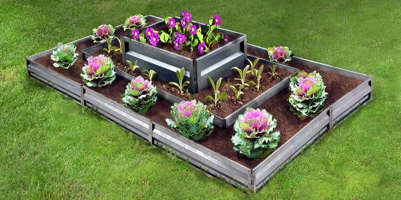 Многоуровневая высокая грядка для овощей и цветов