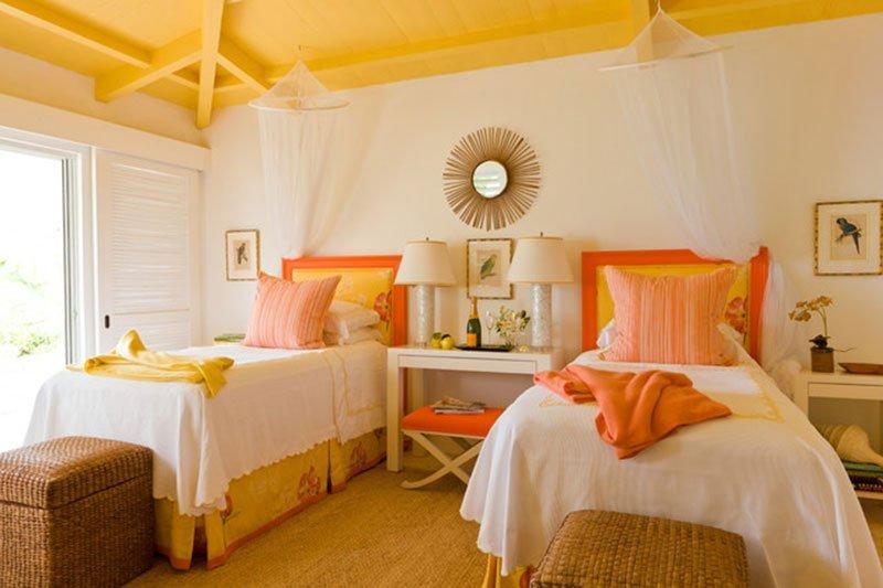 Yellow-Interior-0106