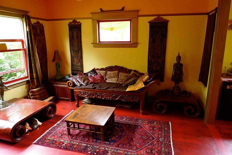 Yellow-Interior-069