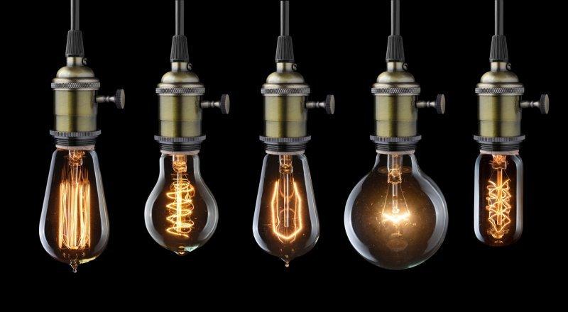 bigstock-Glowing-Old-Light-Bulbs-84917747_du1jk1
