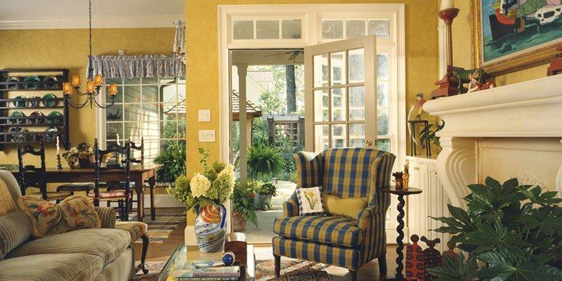 Yellow-Interior-050