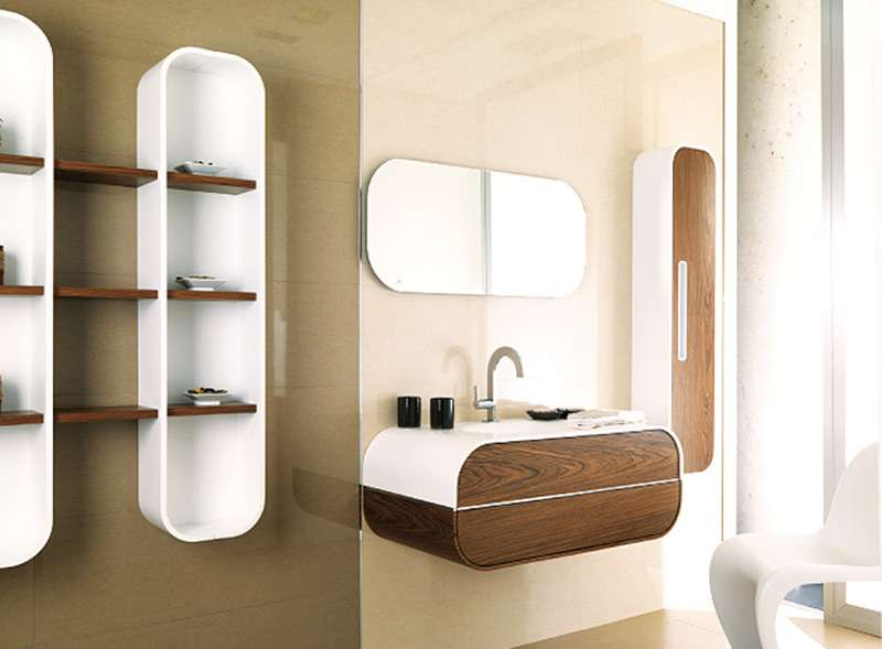 Пример настенных полок в ванной