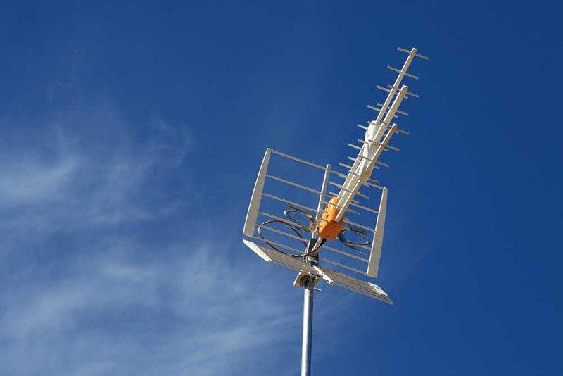 Антенны для ТВ - самый популярный способ подключения телевидения на даче