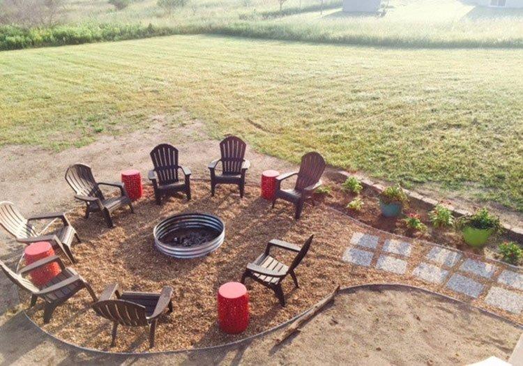 Площадка для отдыха на даче фото 3