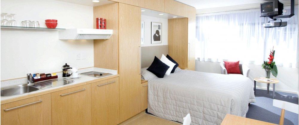 Идеи зонирования пространства в спальне, гостиной, на кухне и в детской комнате