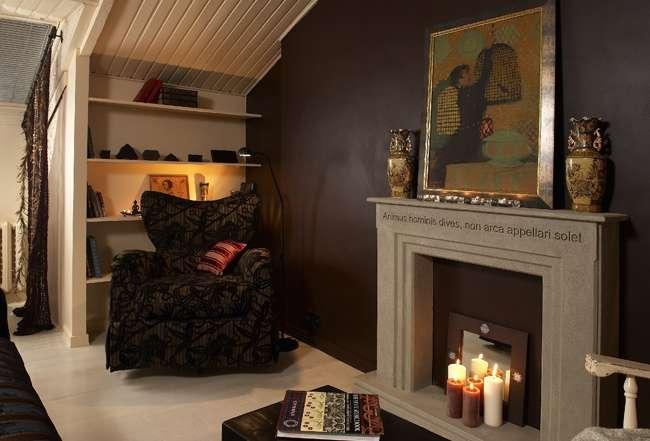 Фото фальш камина в интерьере гостиной комнаты