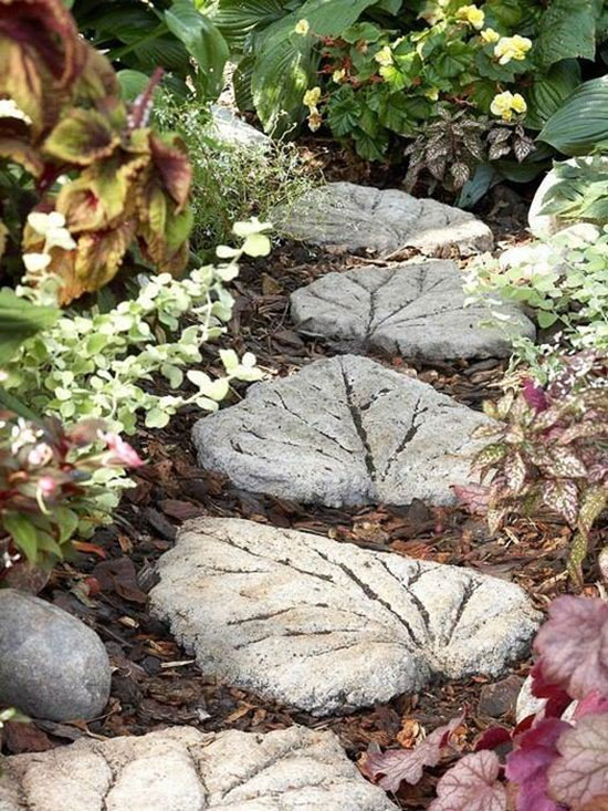 Как сделать садовые дорожки своими руками