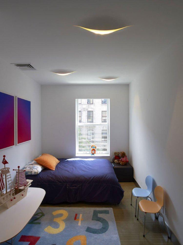 Дизайн узкой комнаты фото 14