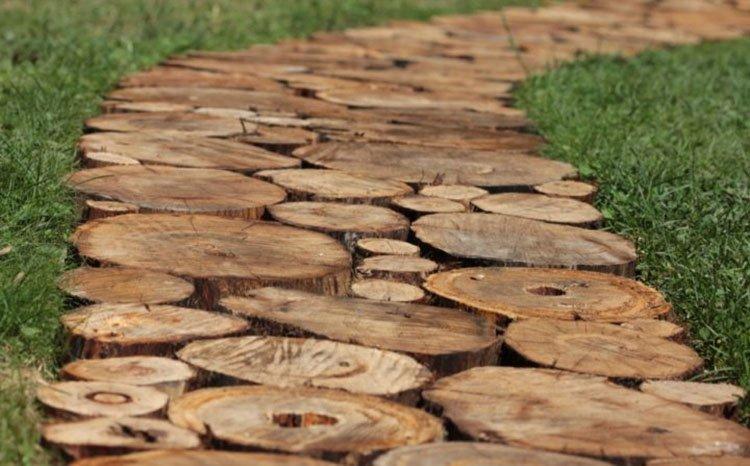 Идея для дорожек на даче из дерева фото 3