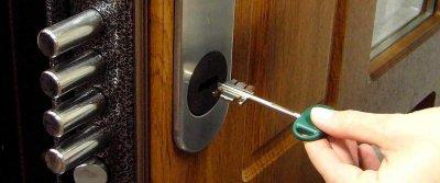 Стальные двери и их взломостойкость