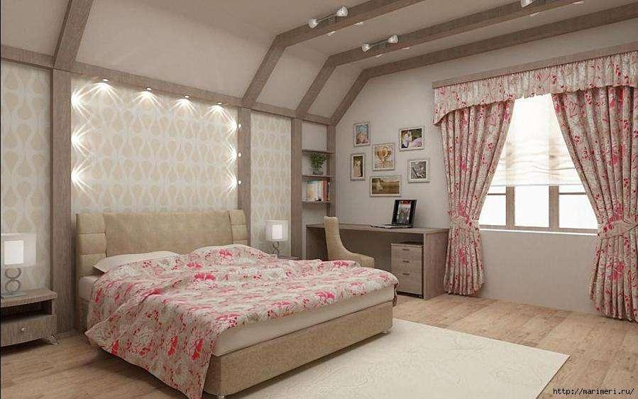 Красиво оформленные окна мансардной комнаты