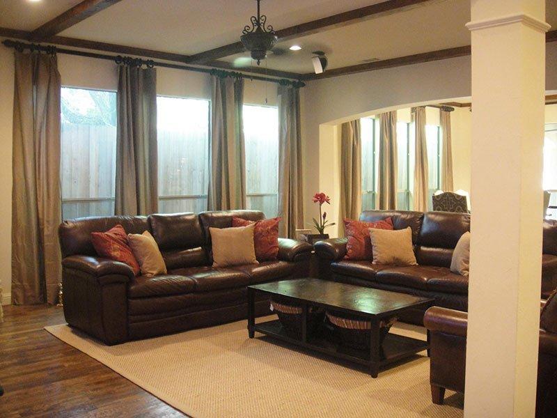brawn-color-interior-038