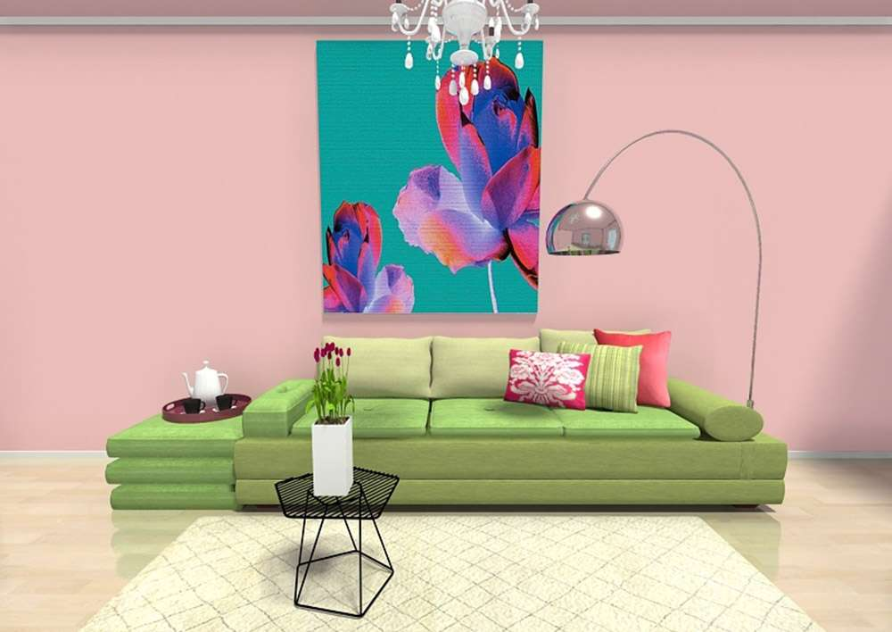 Сочетание зеленого дивана и розовых обоев