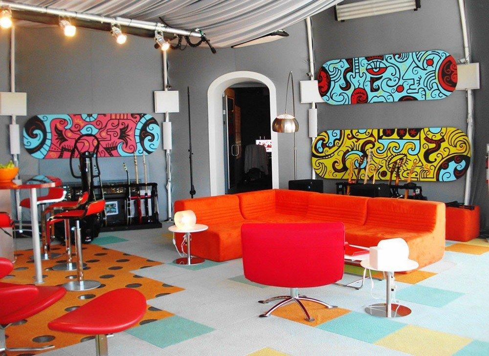 Мягкая мебель для гостиной: 10 идей интерьера фото 09-04